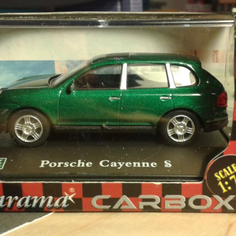 Fém model - Porsche Cayenne S